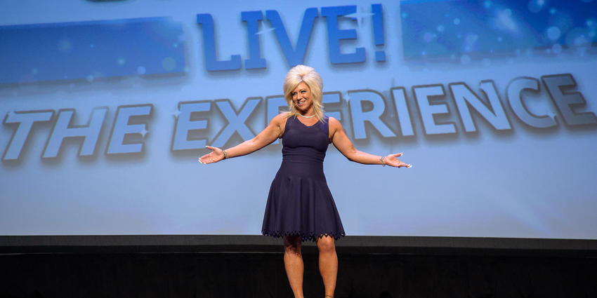 Theresa Caputo greets audience at the Bryce Jordan Center in 2016.